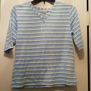 Blue and white striped short sleeve shirt w/ribbon
